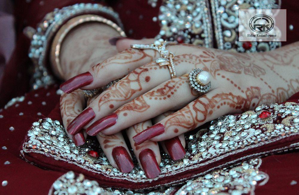 Beauty by RidzeKhan