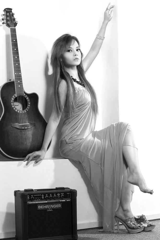 image by AungThinSi