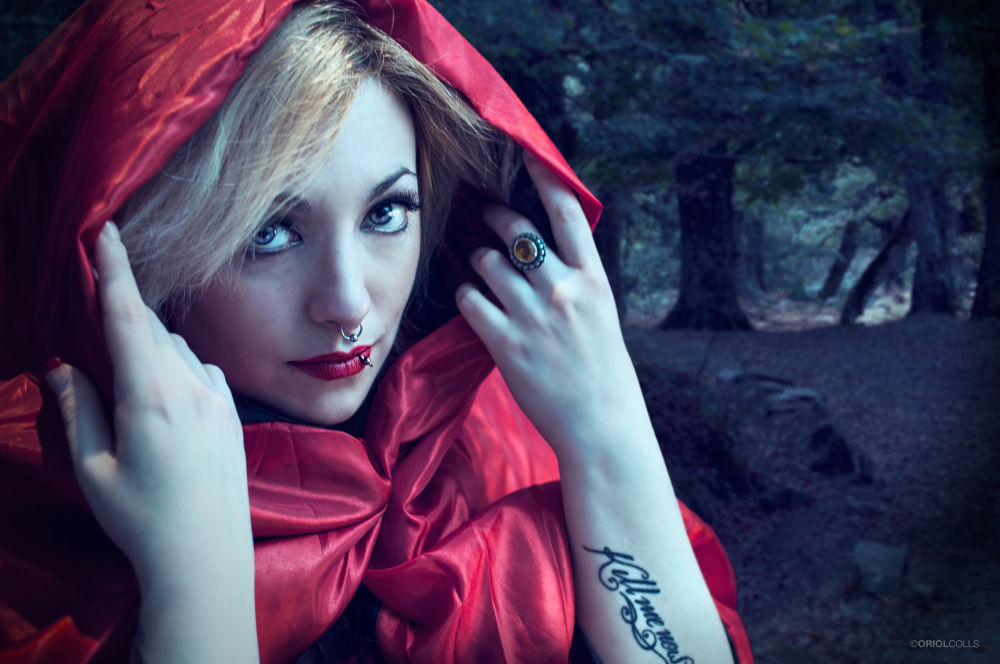 Red riding hood by OriolColls