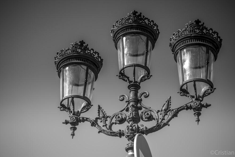 lumière  by Cristian Perez Casquet
