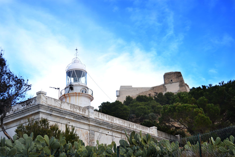 Le château du phare by Cristian Perez Casquet