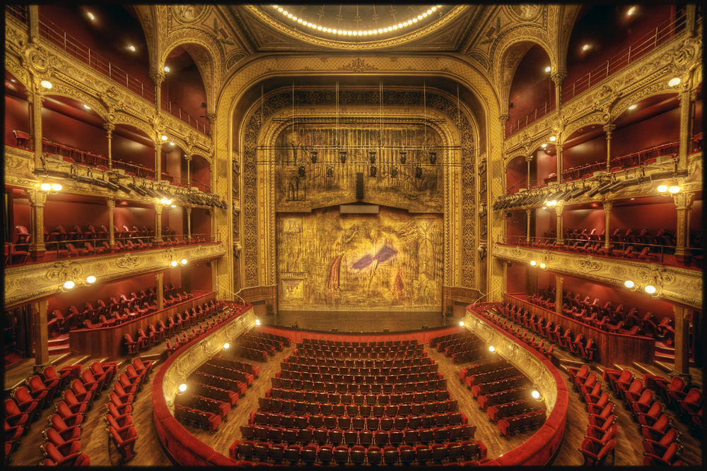 Theatre du Chatelet by Pascal