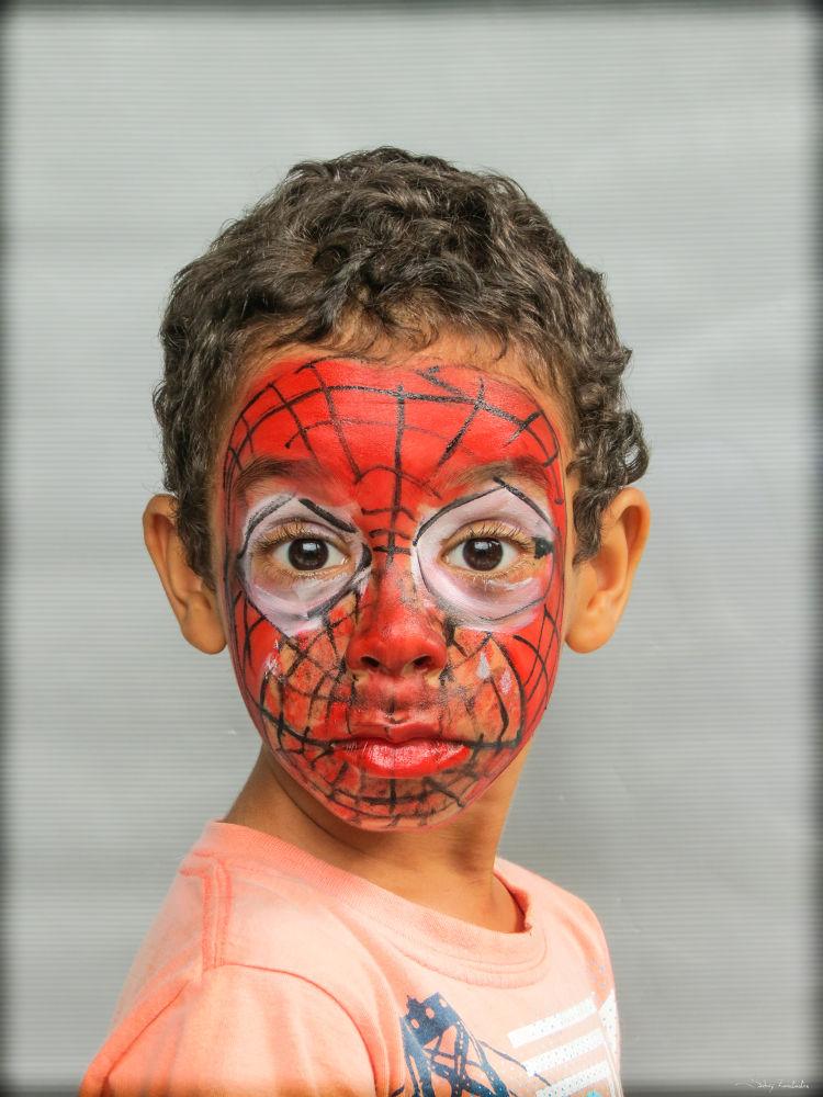 Photo in Random #ypa2013 #criança #pintura #heroi