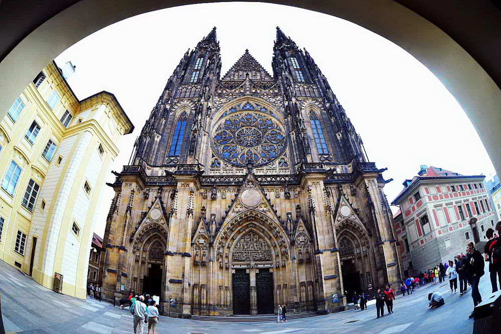 St. Vitus Cathedral in Prague by VUHUNG