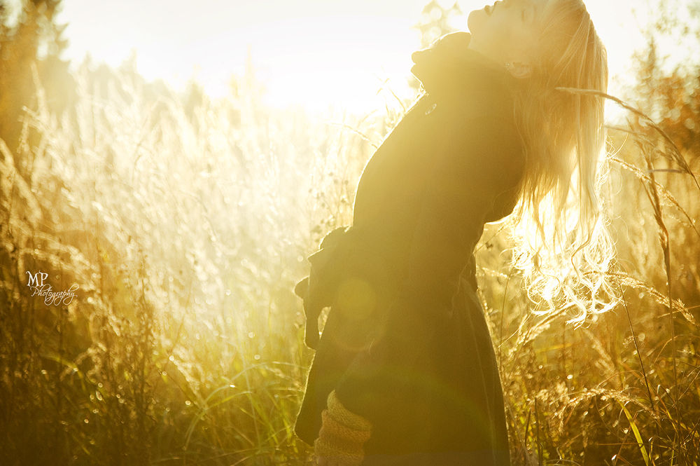 Photo in Portrait #memories #sunlight #blonde #selfportrait #evening light #field
