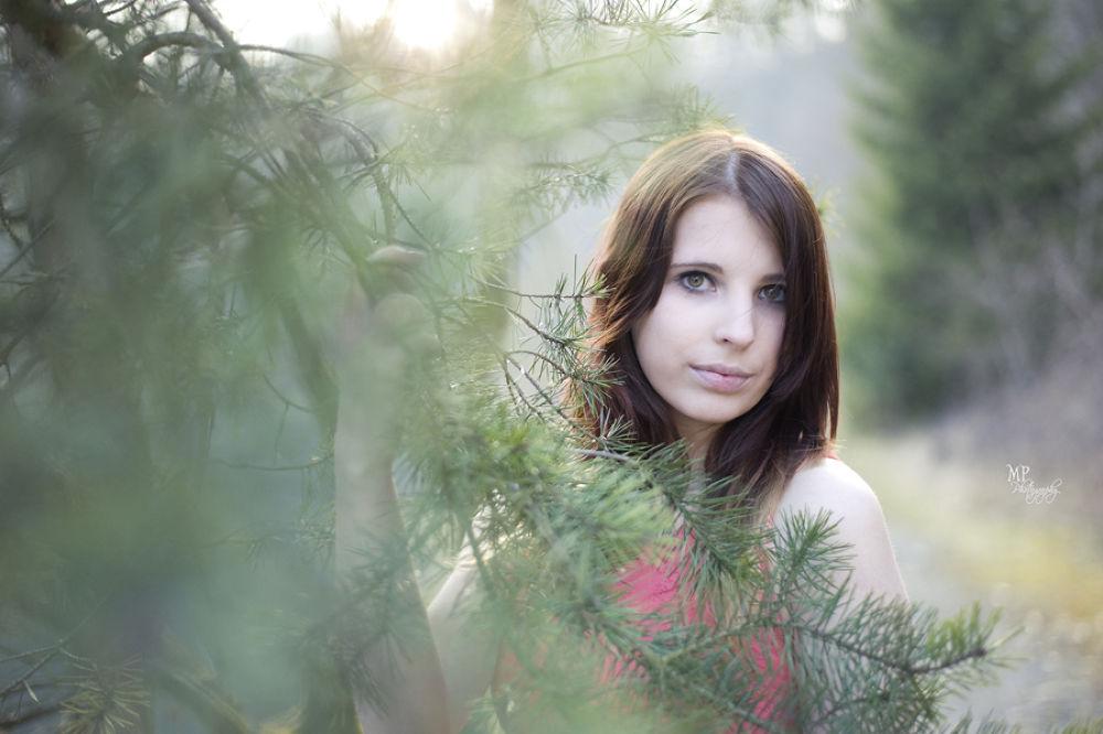 Svenja II  by MiriamPeuserPhotography