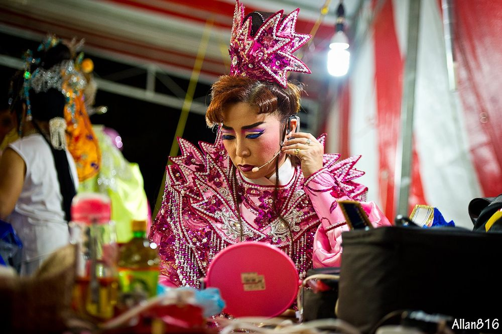 Chinese Opera Singer by Allan Ooi