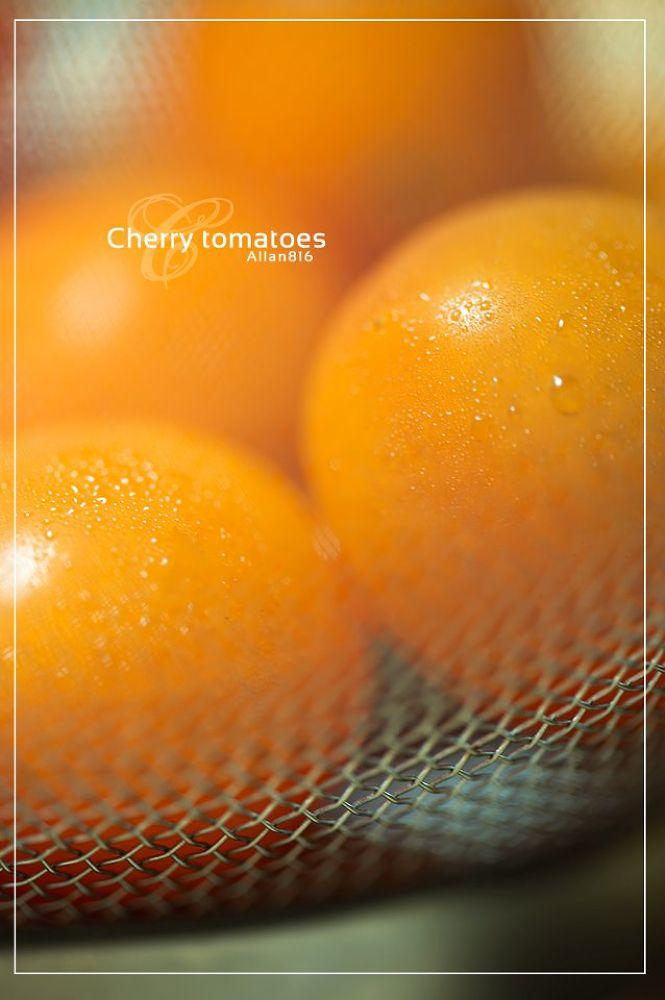 Cherry Tomato by Allan Ooi