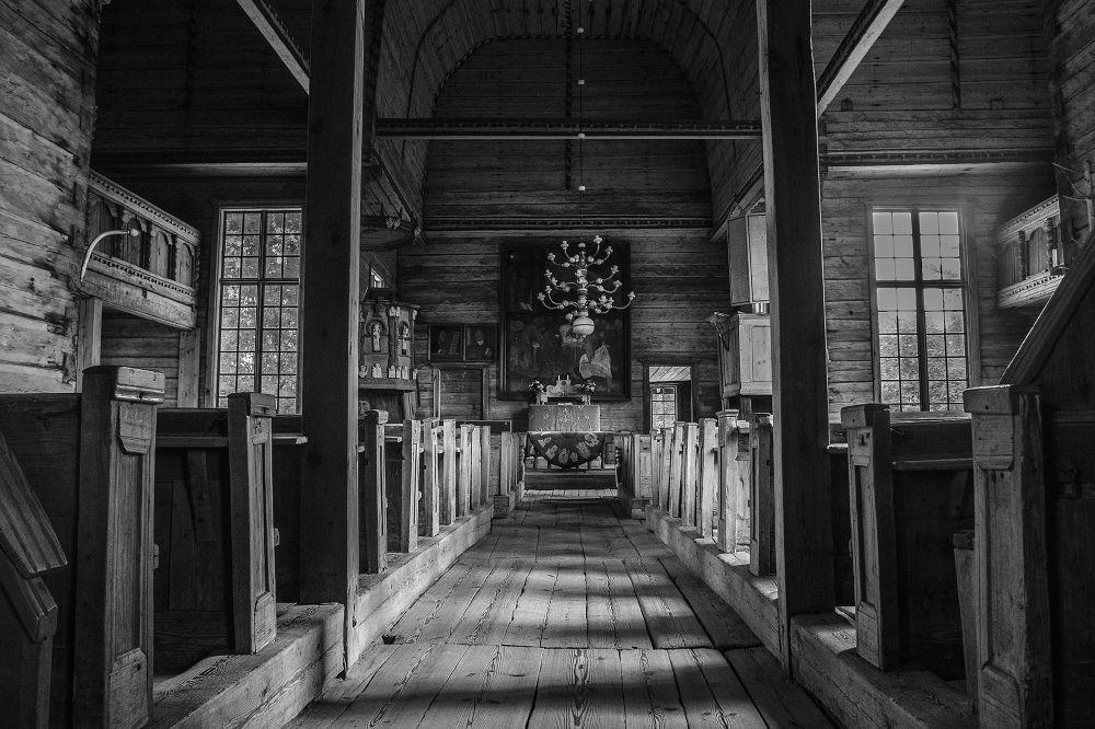 Petäjävesi Old Church. by Peetu Kaarna