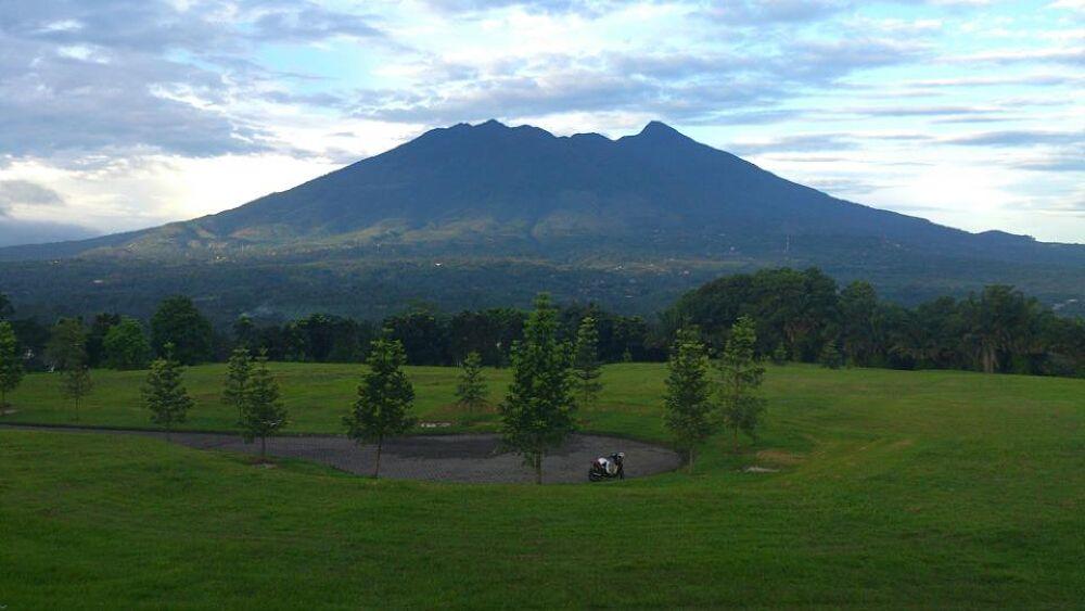 salak mountain, Bogor-Indonesia by rusliadibogor