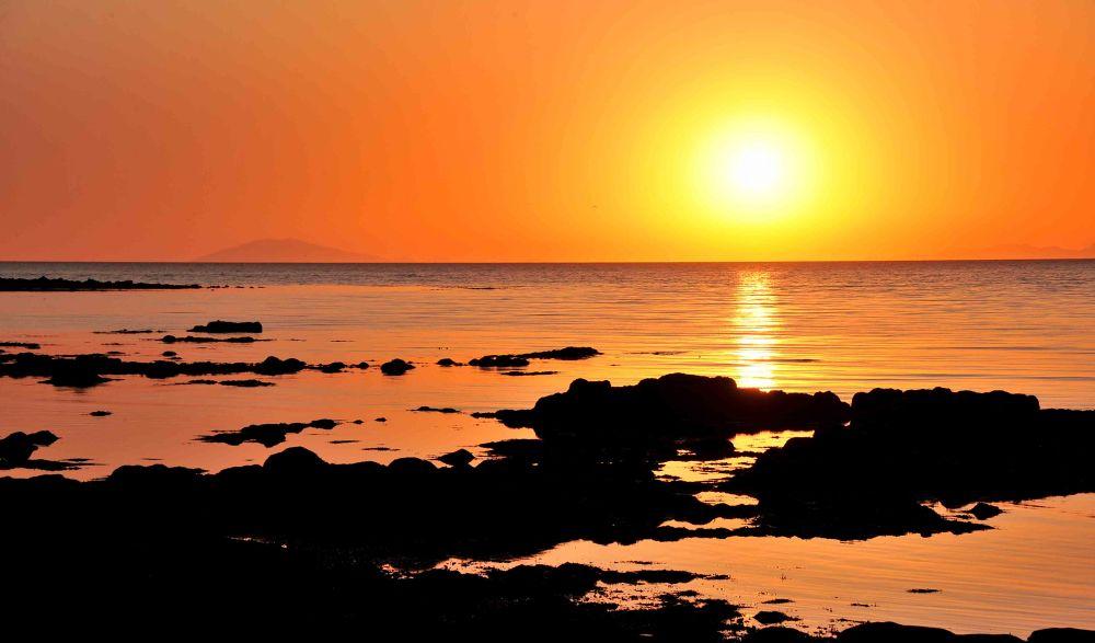 Photo in Random #sunset #sunrise #water #glacier #volcano #sun #bright #beach