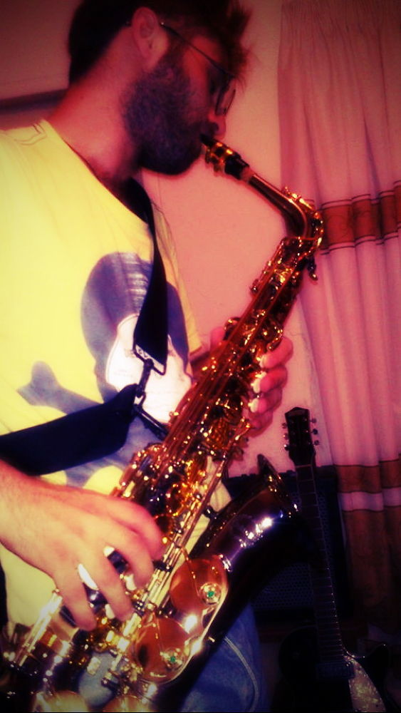 Music-Saxophone by tahasalmanpour
