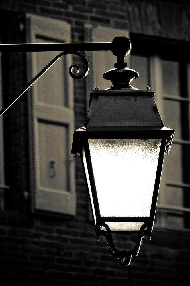 Et la lumière fut by Mam'zelle Kaelle