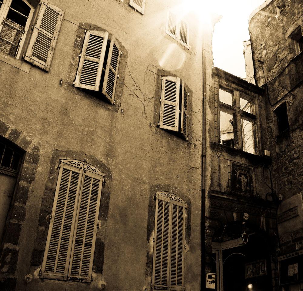 Une rue quelque part... by Mam'zelle Kaelle