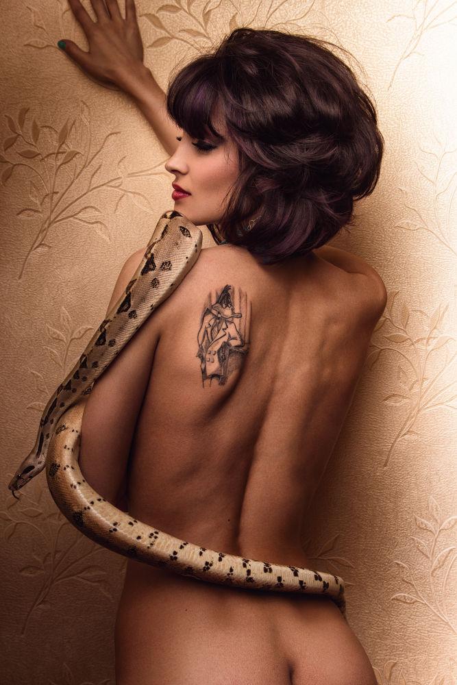 I love my snake by iuliandrei