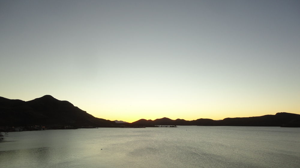 Sunset Die!! by Tibu.Aguirre