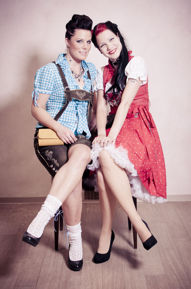 Photo in Fashion #fashion #girl #girls #blue #red #rockabilly #tracht