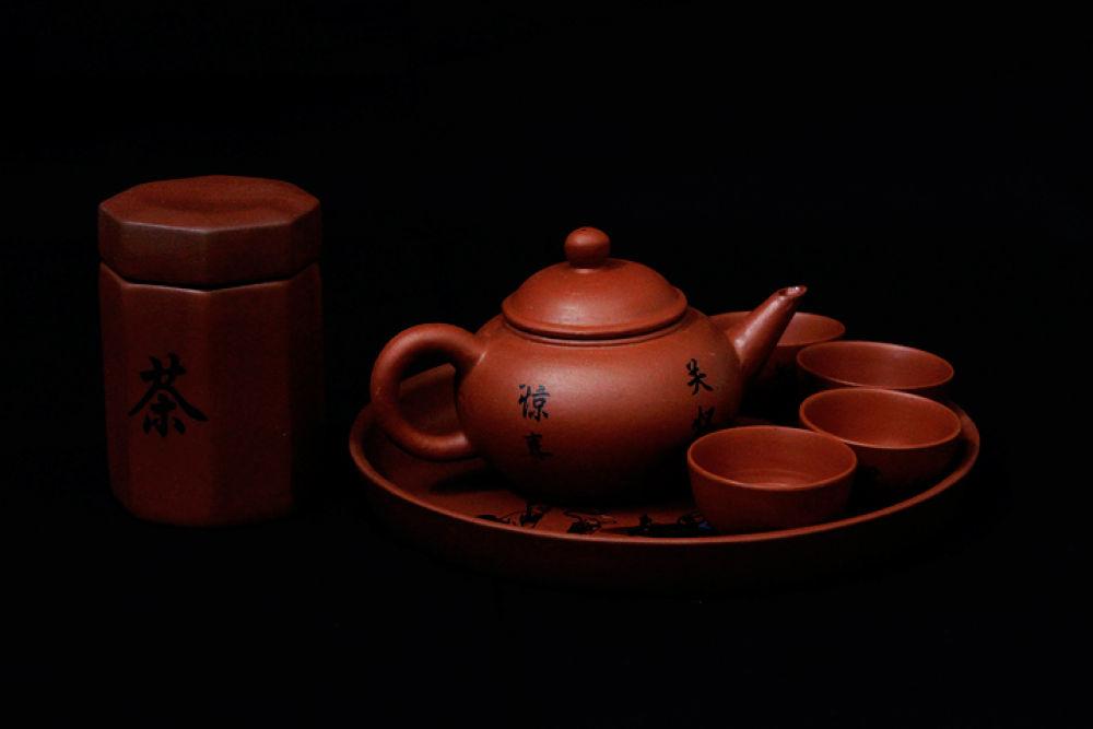 traditional kettles by agus pratama setyawan