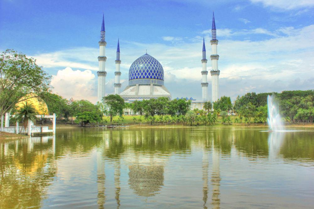 mosque shah alam @ kuala lumpur by agus pratama setyawan