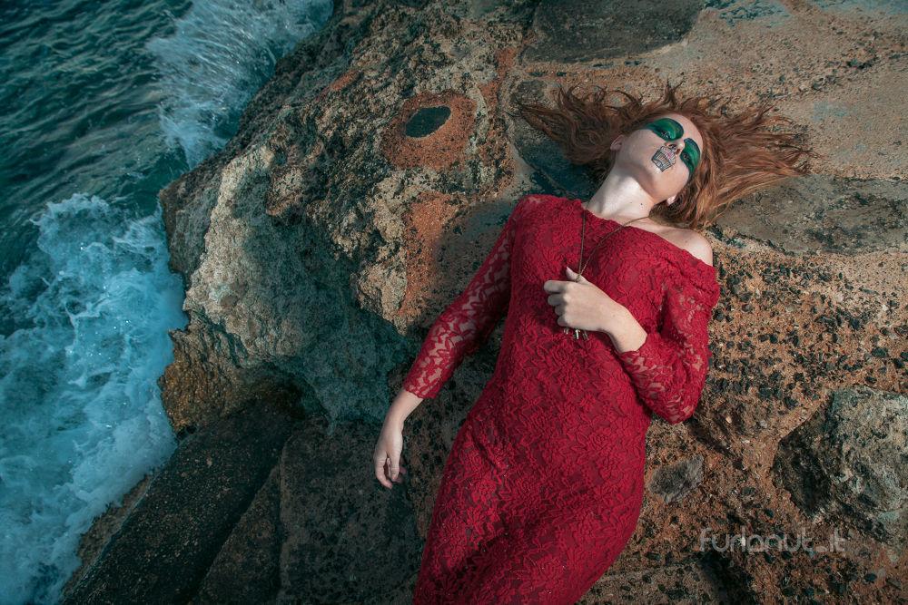 Photo in Portrait #ypa2013 #red #girl #woman #portrait #rock #sea #key #makeup #makeupartist #artist #furlanut #giorgiamelillo