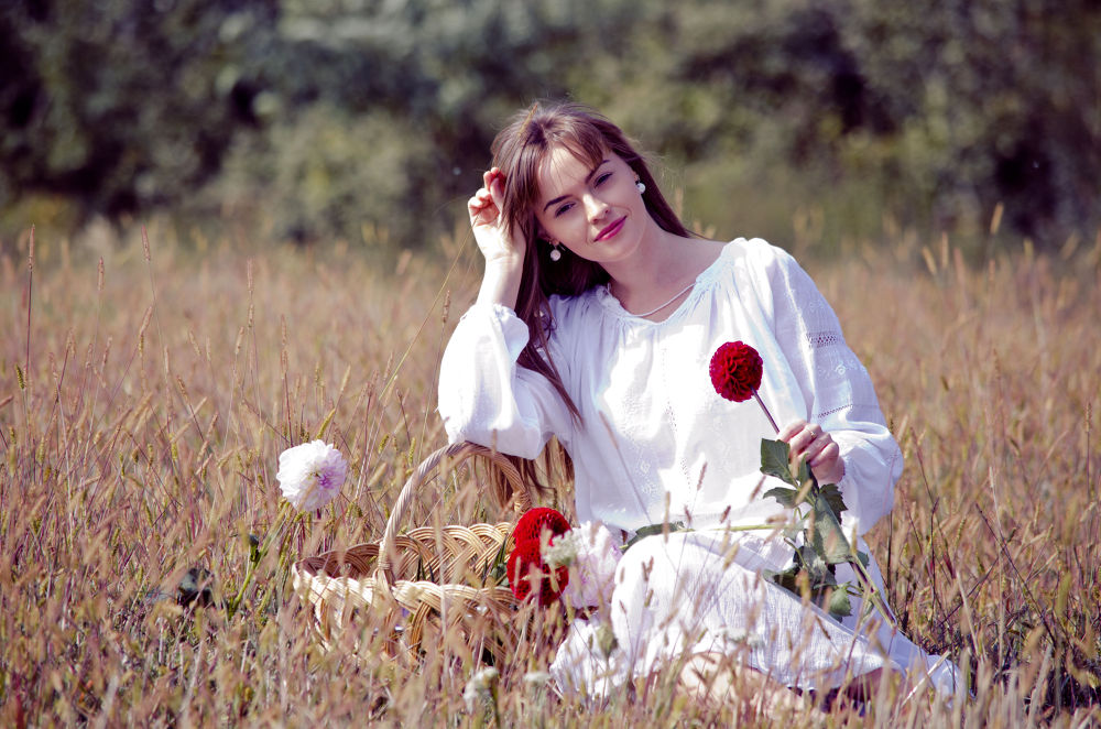 Photo in Portrait #vintage #beauty #girl #flowers #woman #portrait #old #style #field #concept #fashion