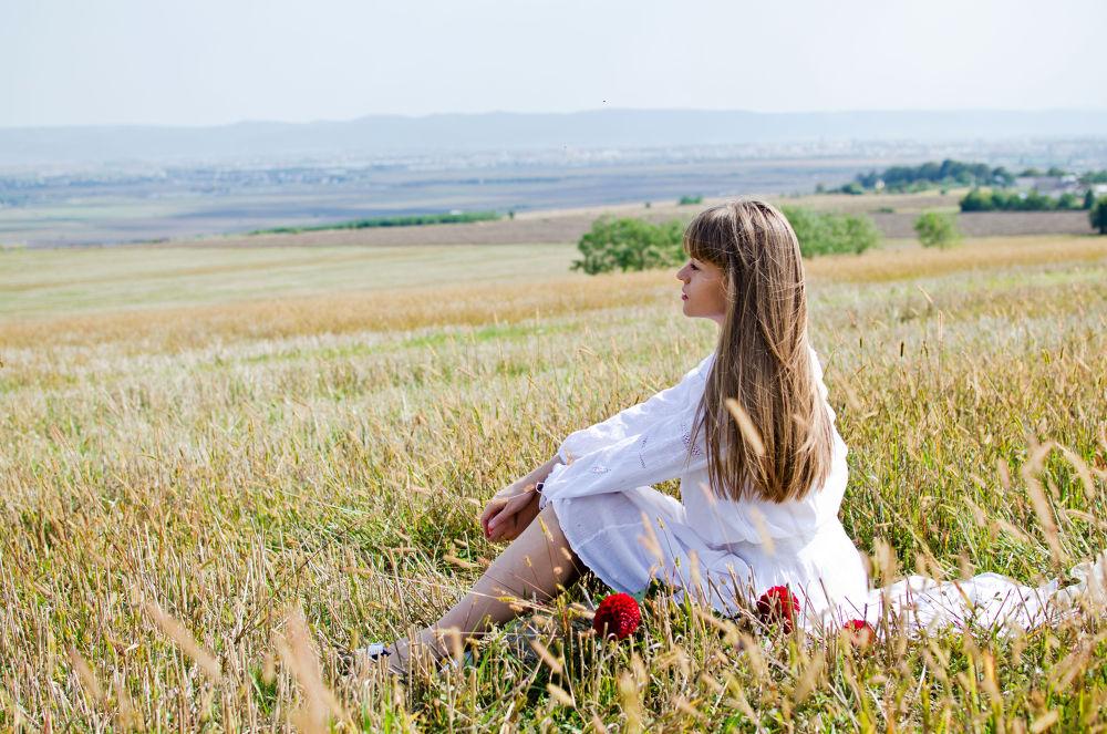Photo in Portrait #dream #nature #portrait #hope #field #concept #beauty #fashion #glamour