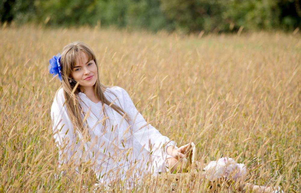 Photo in Portrait #beauty #fashion #glamour #field #dream #girl #nature