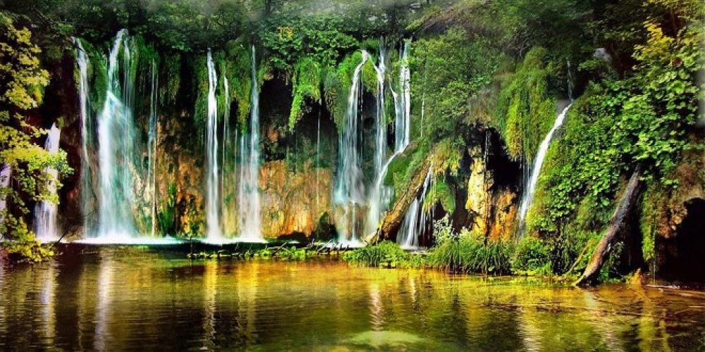 Plitvice-Lakes-Croatia-falls-wallpaper-660x330 by igormuzic