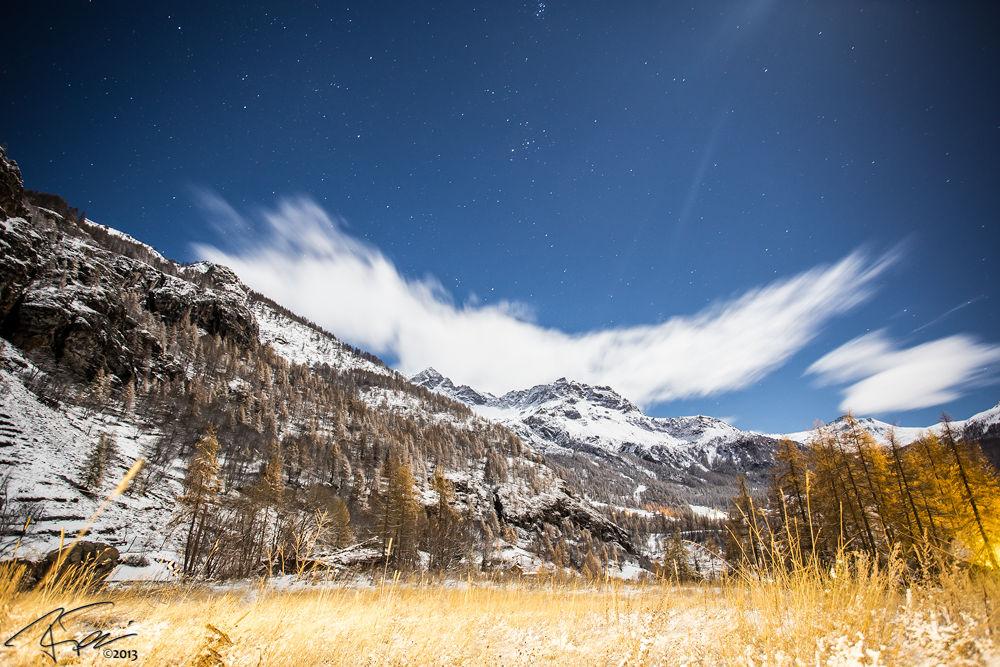 Moonlight by Raffaello Terreni Photography