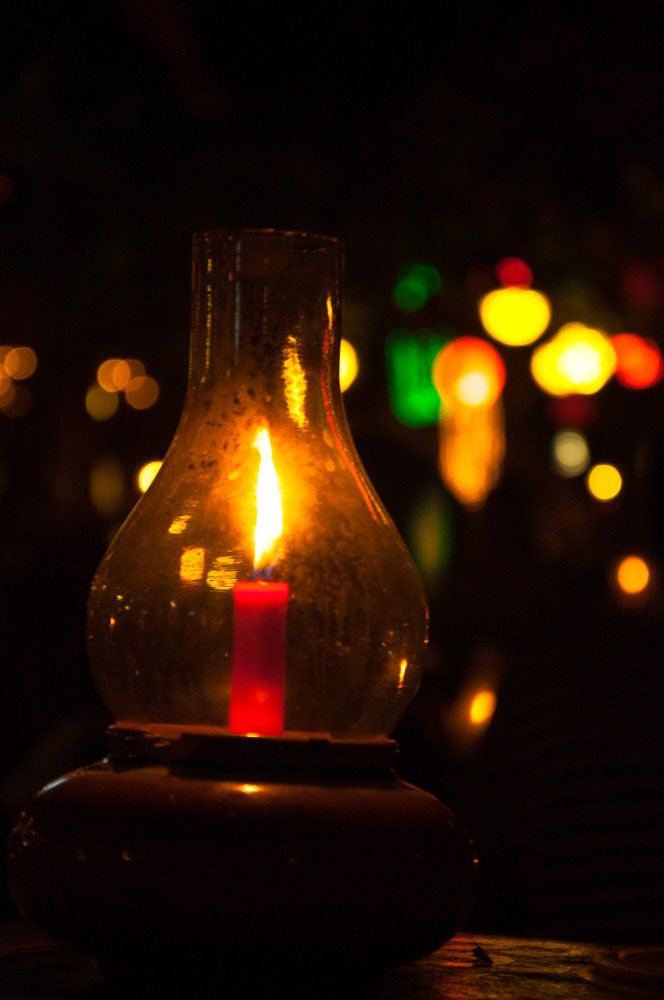 Candle Light by tonyyehtetaung