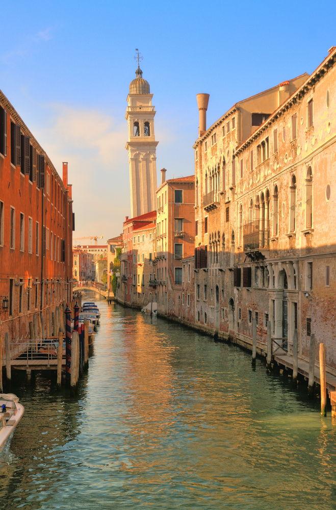 "Italy, Venice. ""The Golden Hour"". by Ivan Sedlovskyi"