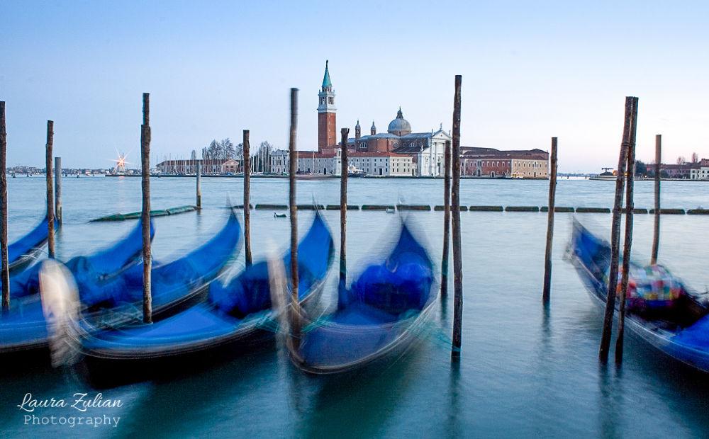 Venice postcard  by laurazulian3