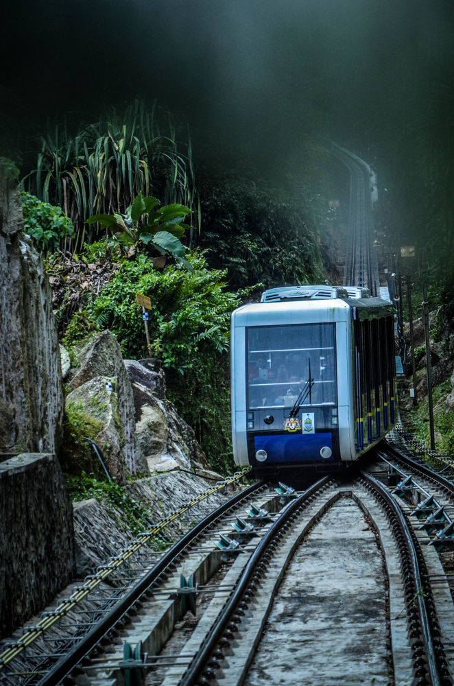 Penang Hill Cable Car by engkhong