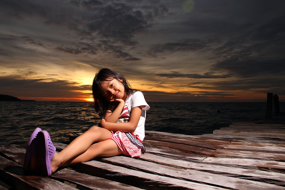 Enjoy sunset by ernesthosoan