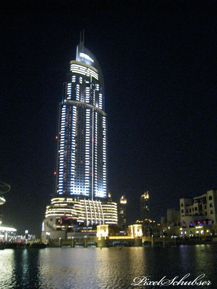 Dubai - night by haraldkleiner