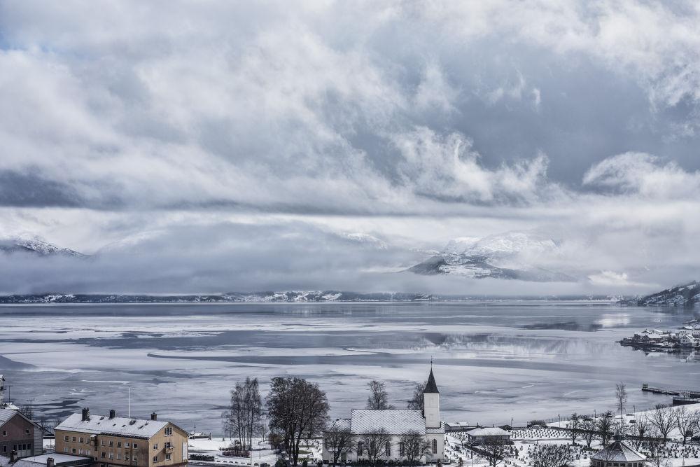Fjord - yesterday by MariuszMarczak