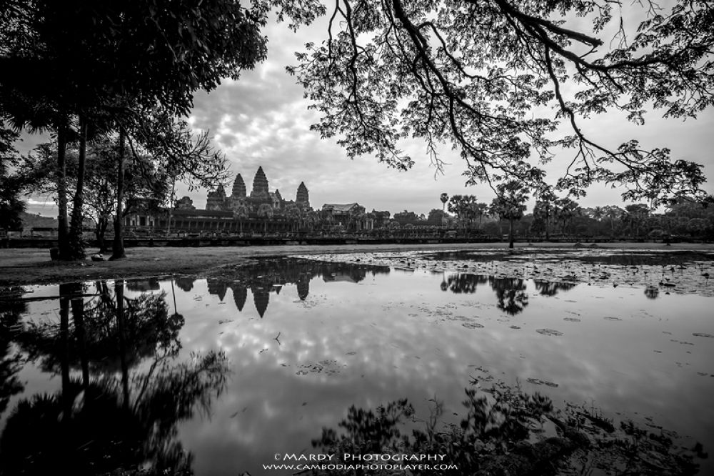 Angkor Wat in frame! by Mardy Photography
