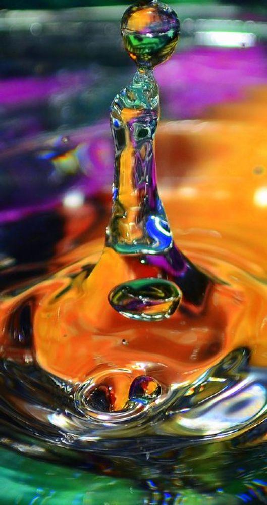 waterdrop pic by Deanna Davis