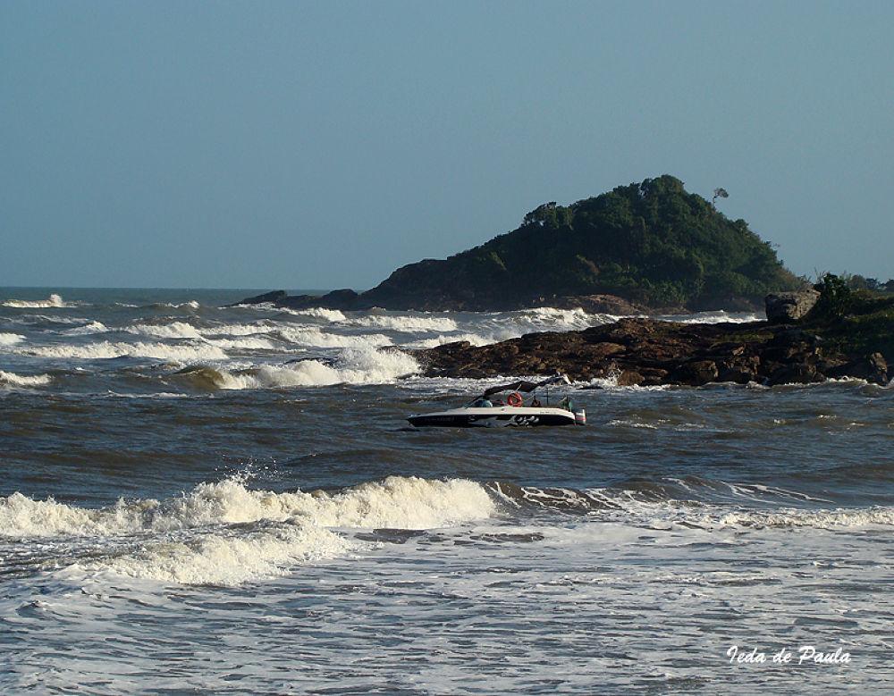 Sea and Island by iedadepaula5