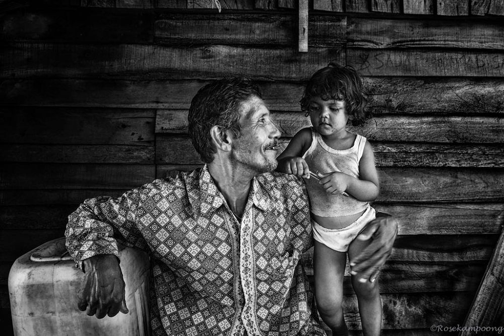 Photo in Random #rosekampoong #journalism #portrait #bw #ypa2013 #banda aceh