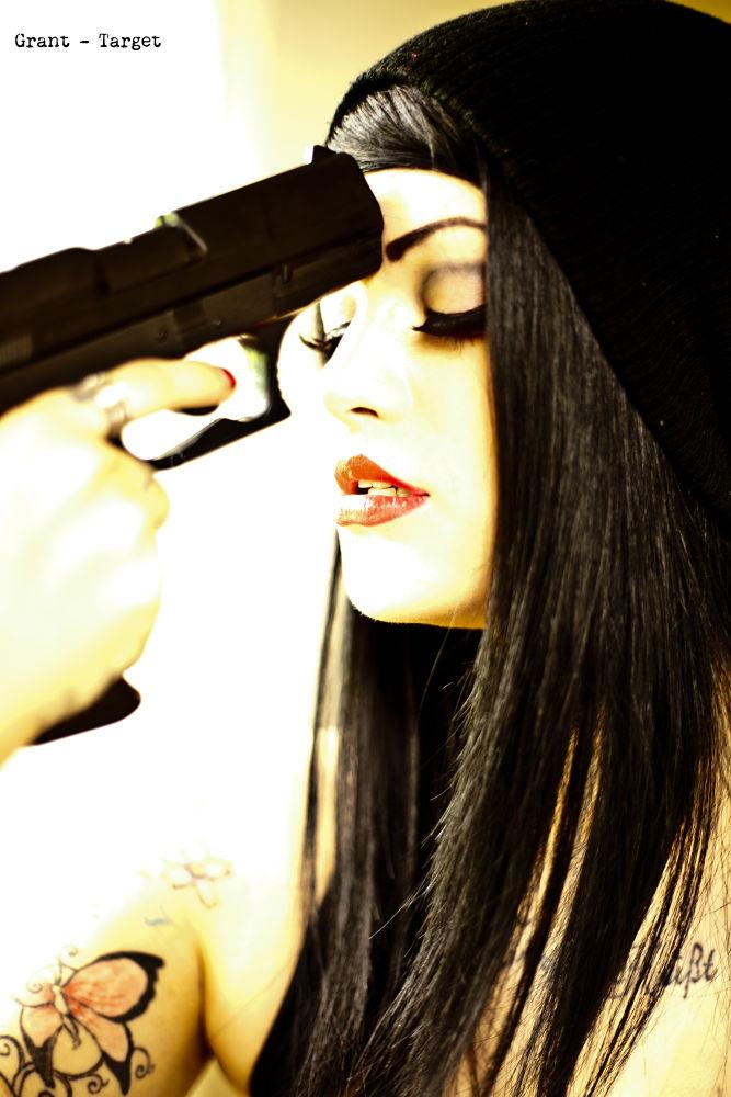 Photo in Random #pain #gun #beauty #hope #god #blood red