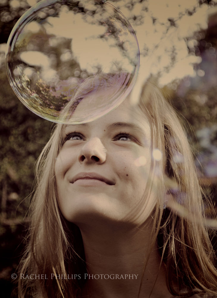 Photo in Portrait #bubbles #girl #wonder #beautiful #dream