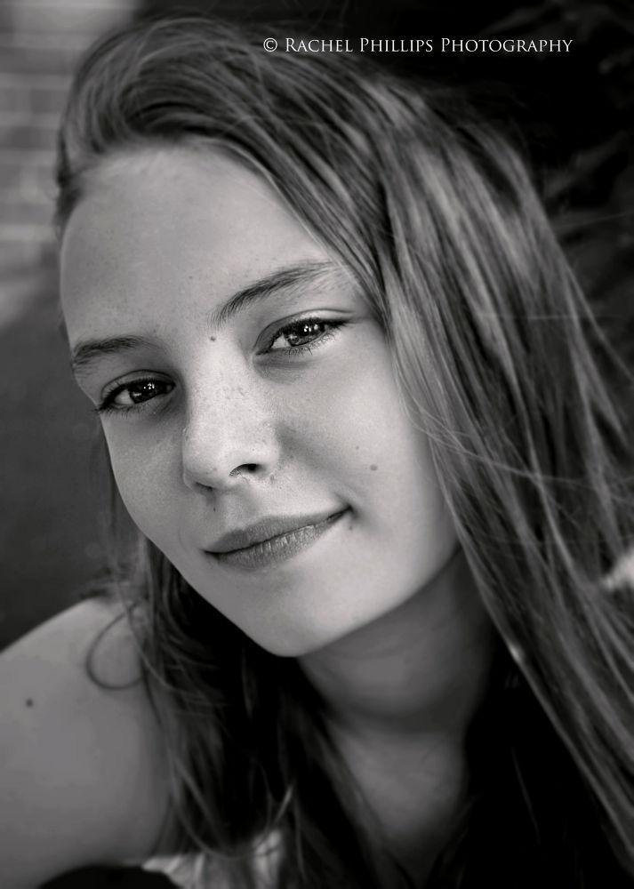 Photo in Portrait #girl #portrait #black and white