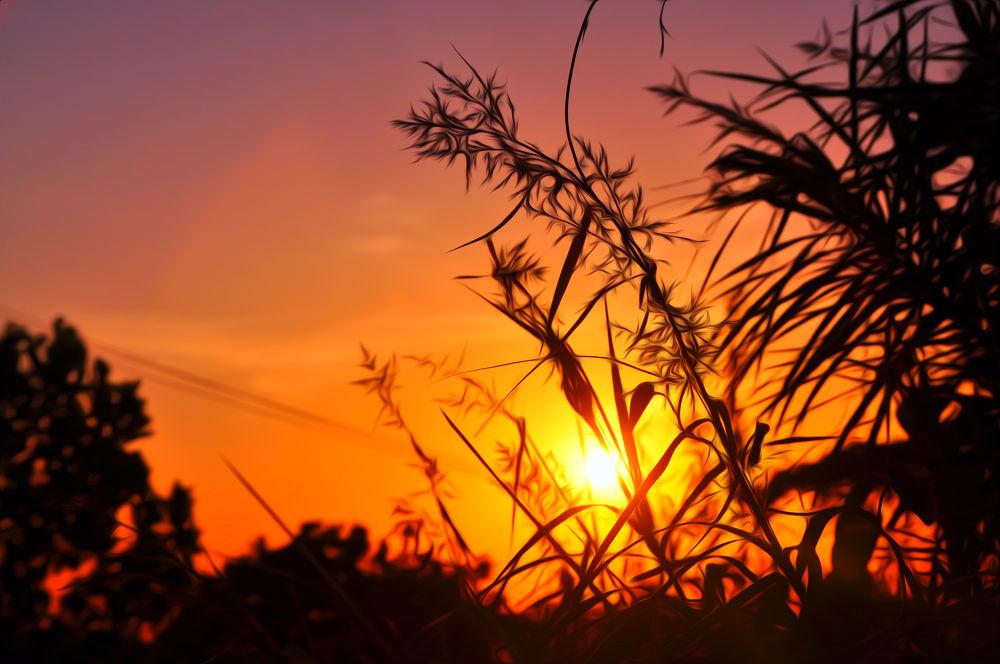 sunrise on Gunung Lampu by nurdinrivai