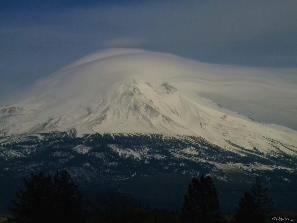 Shasta Cloud Cap by tatiacha
