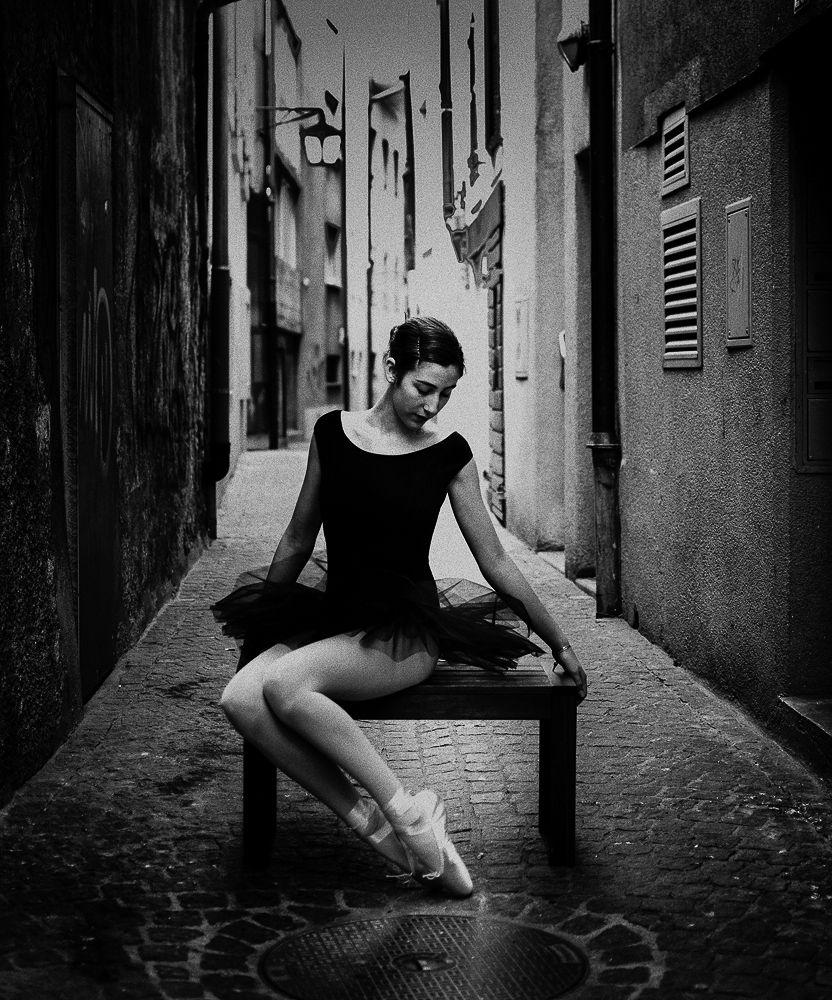 Black Swan by Porte516