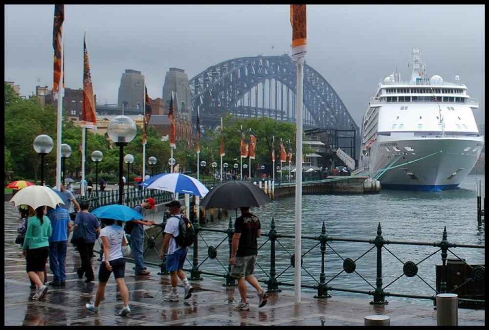 rain in sydney by swimfan