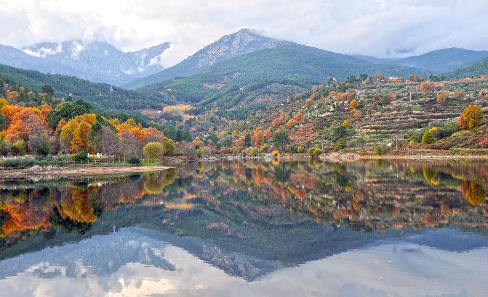 La montaña del lago by msalvadormunoz