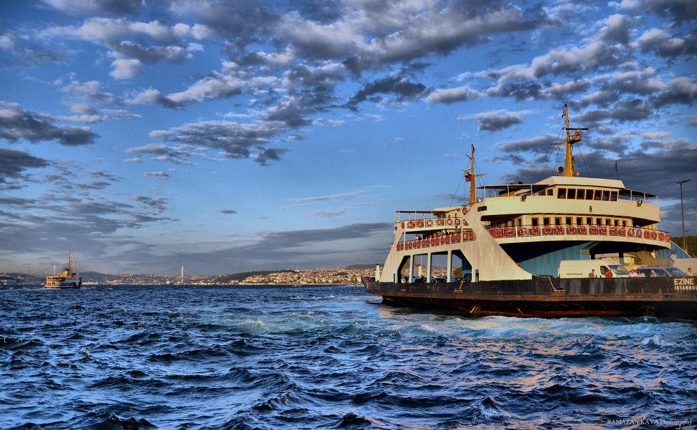 Istanbul Boğazı. Istanbul Bosphorus by Ramazan Kaya