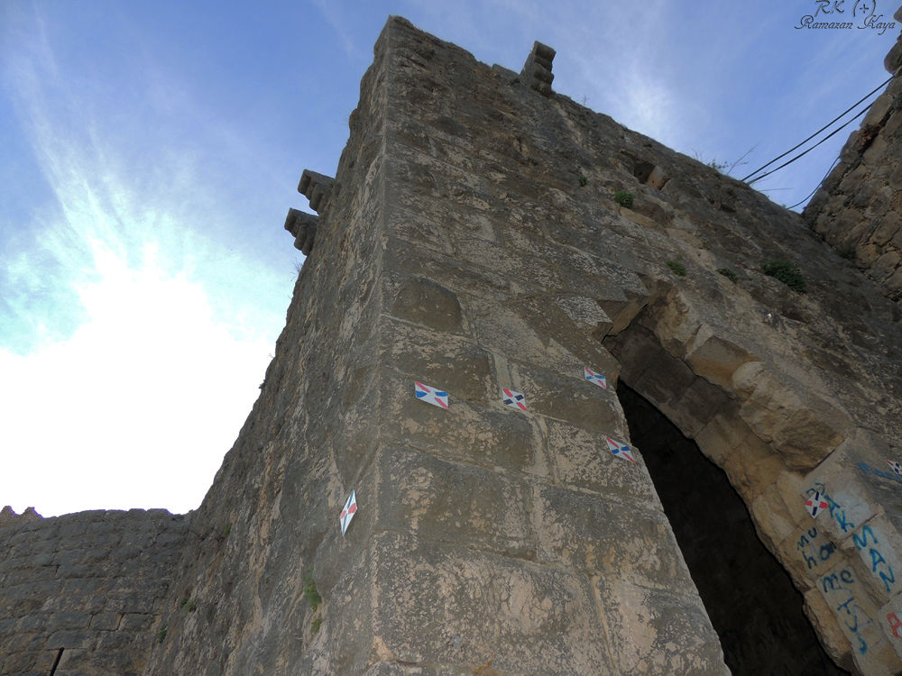 Kozan Kalesi- Kozan Castle by Ramazan Kaya
